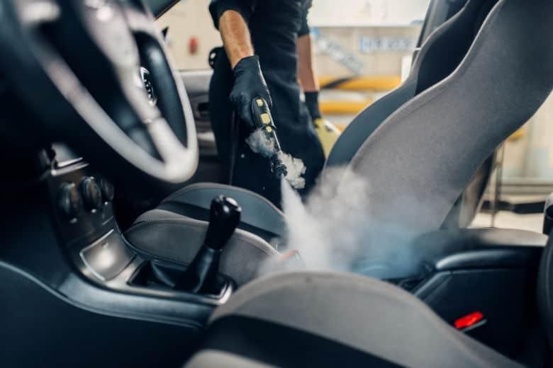 nettoyage intérieur véhicule